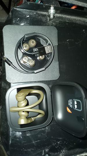 Powerbeats pro/ Beats by dre wireless ear buds. Literally wireless for Sale in Las Vegas, NV
