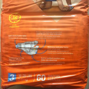 Diapers 60 Ct Pack for Sale in Fresno, CA