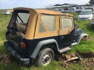 1997 Jeep Wrangler For Parts ONLY! for Sale in Fresno, CA