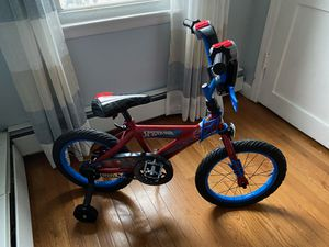 Spider Man Bike with training wheels for Sale in Stamford, CT