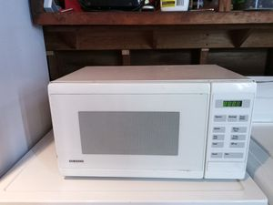 Samsung microwave for Sale in Cleveland, OH