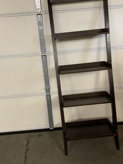 Wood Ladder Style 5-Shelf Bookshelf for Sale in Seattle,  WA