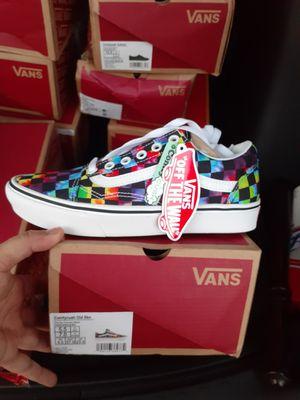 Van's sneakers for Sale in EASTAMPTN Township, NJ
