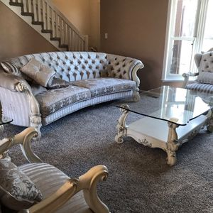 Modern French Provincial for Sale in Addison, IL