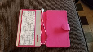 Pink keyboard for tablet for Sale in Auburn, WA