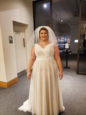Wedding dress for Sale in Poquoson, VA