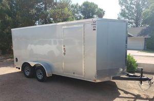 Haulmark 2018 16' V nose cargo enclosed trailer excellent condition. for Sale in Gilbert, AZ