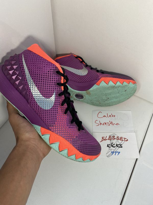 Kyrie 1 Easter Size 11