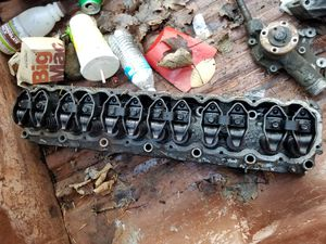 Cylinder head, Intake/exhaust manifold, water pump 1989-91 jeep 4.0L for Sale in Puyallup, WA