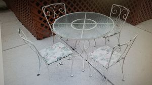 Vintage iron patio set for Sale in Cocoa, FL