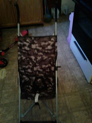 Baby stroller for Sale in Detroit, MI
