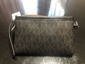 Michael Kors Belt wallet/bag for Sale in Norwalk, CA