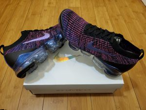 Nike Air Vapormax Flyknit size 10.5 for Men for Sale in East Compton, CA