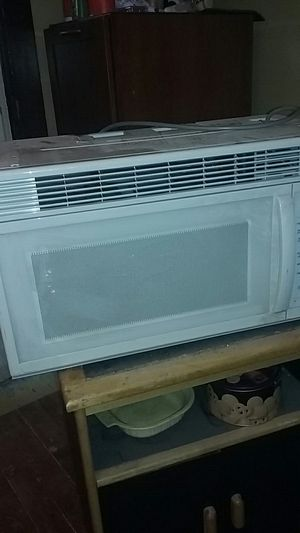 Microwave for Sale in Cleveland, OH