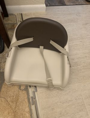 Booster seat for dining room table (adjustable back) for Sale in Ormond Beach, FL