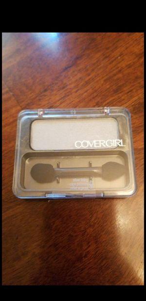 Covergirl eyeshadow Silver Lining for Sale in Phoenix, AZ