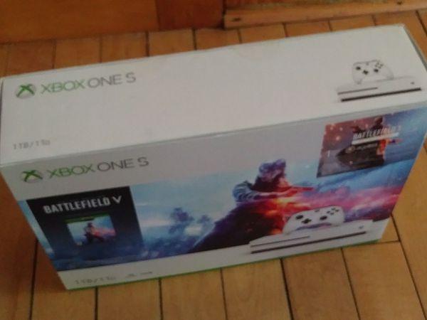 Microsoft Xbox One 1TB Battlefield 5 Bundle Brand New