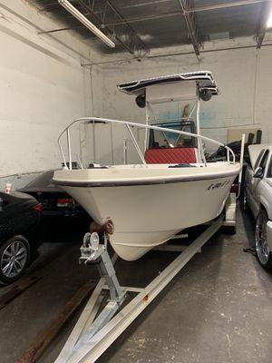 Mako 20ft boat for Sale in Hialeah, FL