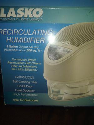 Lasko Recirculating Humidifier$50 obo for Sale in Bexley, OH