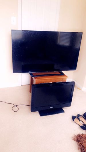 Come get both for 25$. 50inch sharp and 32 inch tv for Sale in Jersey Village, TX