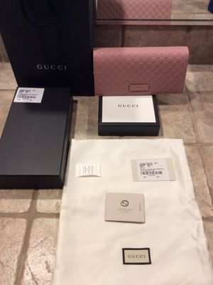 Brand new Gucci large wallet in soft pick leather. for Sale in Los Angeles, CA