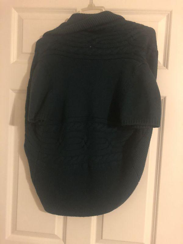Hunter green knit sweater cardigan
