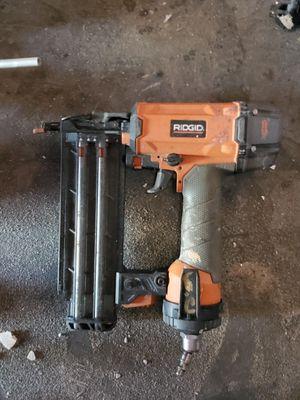 Pneumatic nail gun 16 g for Sale in Visalia, CA