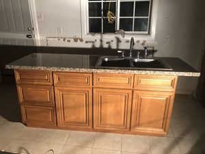 Kitchen Cabinet with Sink for Sale in La Puente, CA