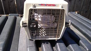 Pet carrier 19 x 11 x 12 for Sale in Hayward, CA