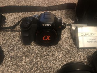 Sony 100 camera with lots of extras for Sale in Salem,  OR