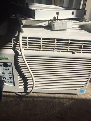 Window AC - Air Conditioner - Perfect Air for Sale in Vancouver, WA