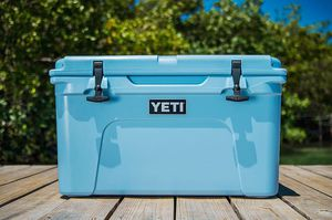 Yeti Cooler for Sale in Fitzgerald, GA
