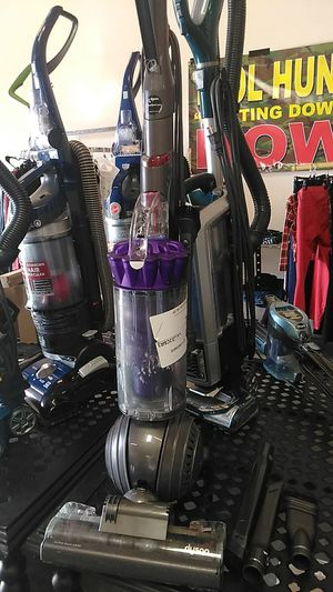 Used Dyson dc40 vacuum.puck up now for only $75!!! for Sale in Fontana, CA
