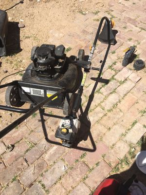 Lawn mower and weed eater for Sale in Las Vegas, NV