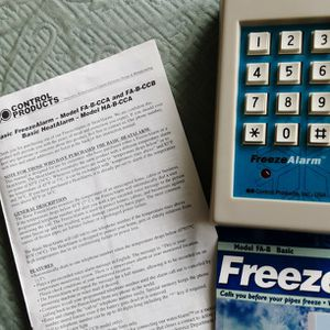 FREEZE ALARM MODEL #FA-B...NO freezing Pipes!!! for Sale in Simsbury, CT