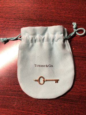 "Tiffany & Co. Gold Colored 2.5"" 18k Oval Key Pendant for Sale in Dublin, OH"