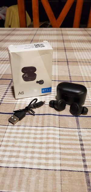 Wireless earbuds for Sale in Aurora, CO