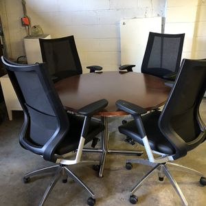Modern Conference Table And 4 Office Chairs for Sale in Manhasset, NY
