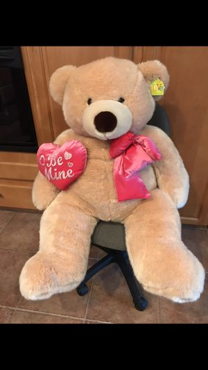 "Big Bear - Oso Grande Romantic Giant Teddy Bear (Approx 48 inch Soft Tan with Big Plush ""BE MINE"" Heart) for Sale in Pinole, CA"
