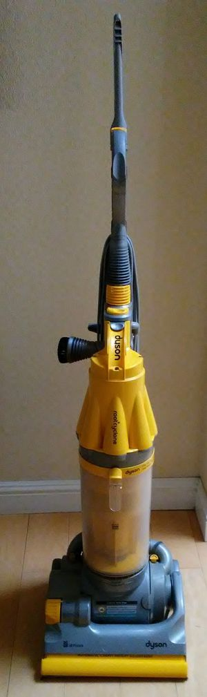 Dyson dc07 Vacuum Cleaner for Sale in Fresno, CA