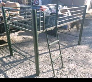 Twin Loft bed for Sale in Fresno, CA