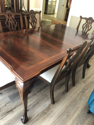 Mahogany Ball and Claw Dining Table and Hutch for Sale in Montgomery, AL