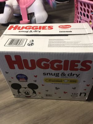 Newborn Huggies Diapers for Sale in Los Angeles, CA