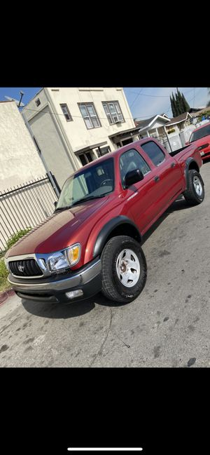2004 Toyota Tacoma Double cab miles 99,000 for Sale in Los Angeles, CA