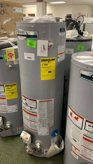 30 GALLON AO SMITH NATURAL GAS WATER HEATER UOWW for Sale in Houston, TX