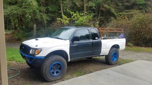 99 Toyota Tacoma Pre-Runner 4x4 for Sale in Greenbank, WA