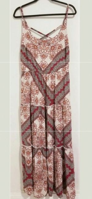 Torrid floral plus size maxi dress size 2 like new for Sale in Long Beach, CA