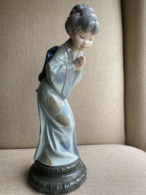 Lladro Porcelain Figurine Geisha Girl for Sale in Zephyrhills, FL