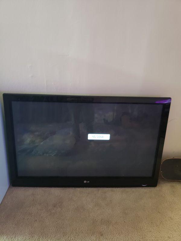 Flat LG TV