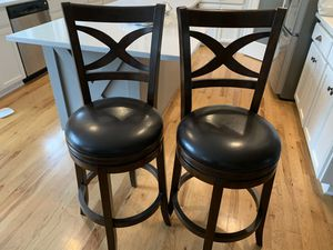2 bar stools for Sale in Oregon City, OR